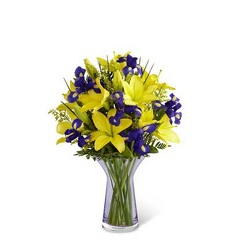 The FTD Touch of Spring Bouquet from Parkway Florist in Pittsburgh PA