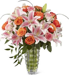 The FTD Sweetly Stunning Luxury Bouquet from Parkway Florist in Pittsburgh PA